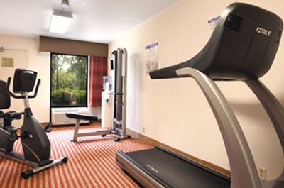 Baymont Inn Suites - Nashville - Fitness Center